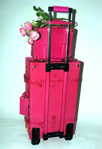 急购旅游箱包(ケースを買います)