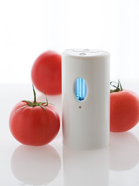 乾電池式紫外線オゾン脱臭器