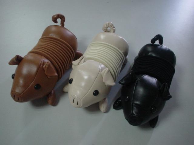 豚CDホルダー