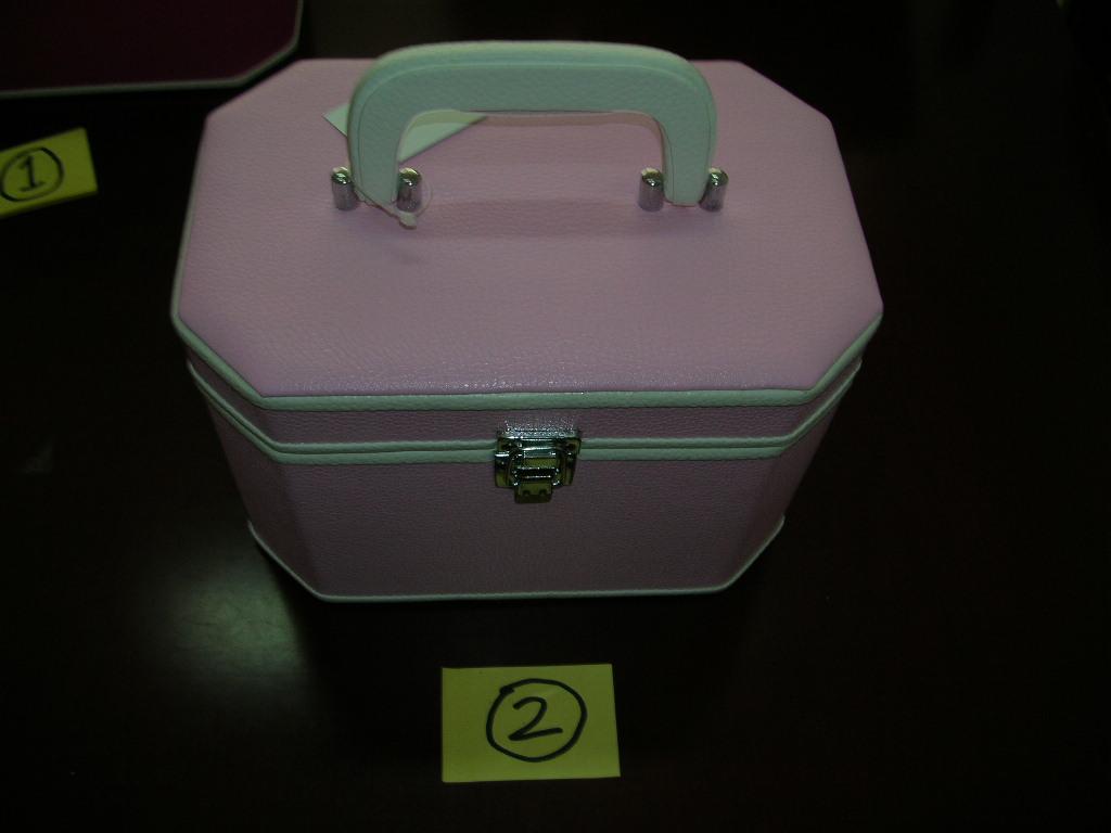 化粧箱、ハコ、ボックス、ケース(日本市場向き)