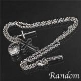 银色 RDN - 18 CHARMS 十字架项链[RANDOM 3CHARMS CROSS NECKLACE 3チャームズ クロス ネックレス RDN-18 SILVER ]