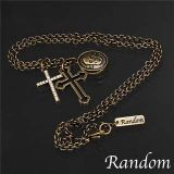 旧金色 RDN - 18 CHARMS 十字架项链[RANDOM 3CHARMS CROSS NECKLACE 3チャームズ クロス ネックレス RDN-18 ANTIQUE GOLD ]